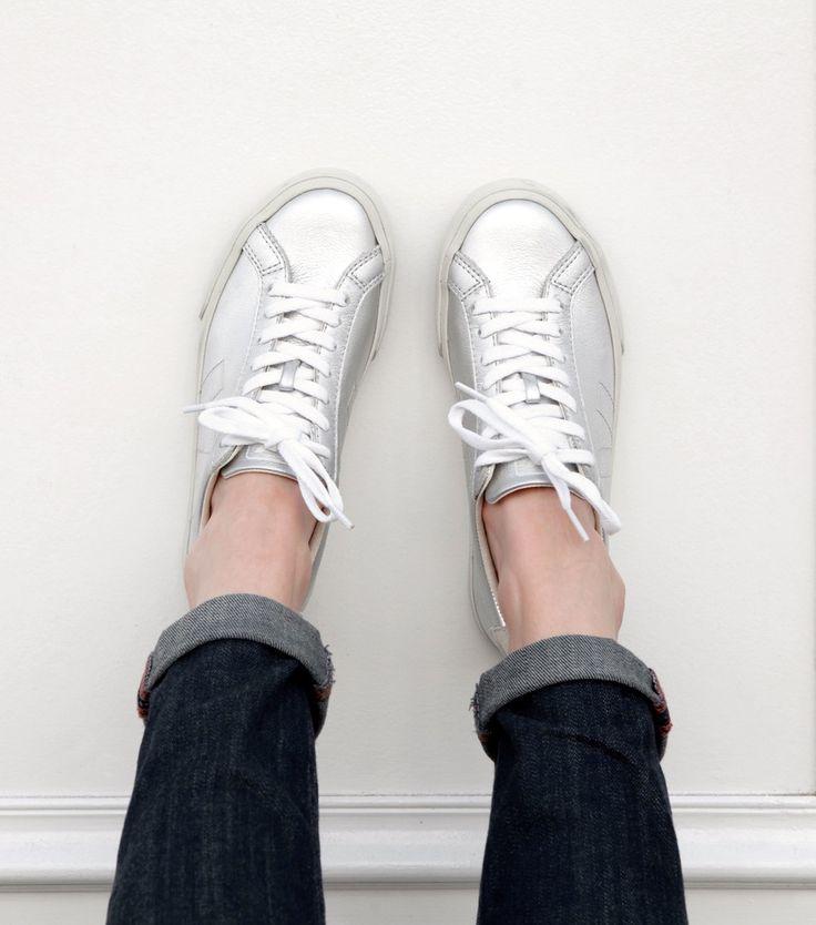 http://www.veja-store.com/5224/esplar-leather-silver.jpg