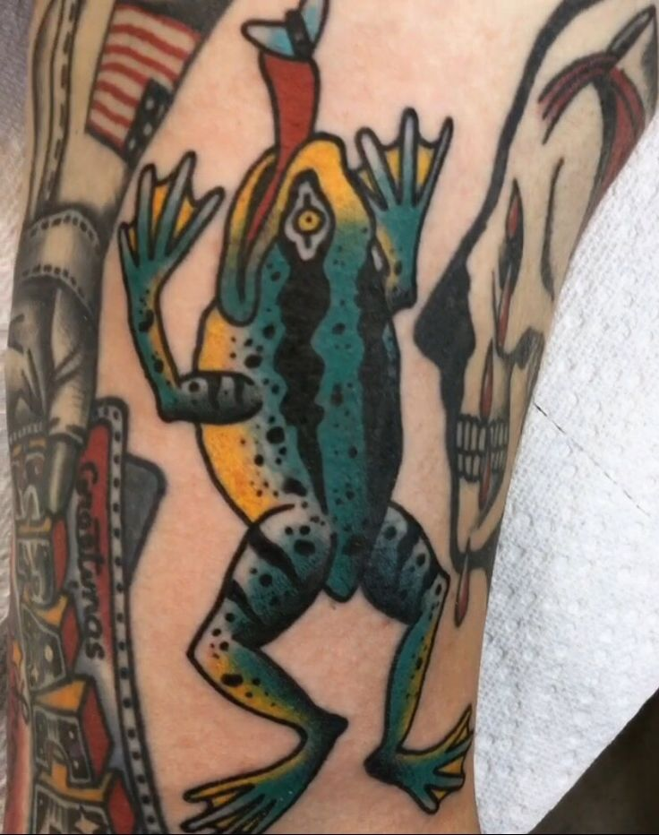 Frog gap filler on front of bicep done by Josh Davis at