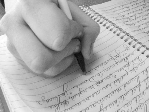 Two paragraph essay topics