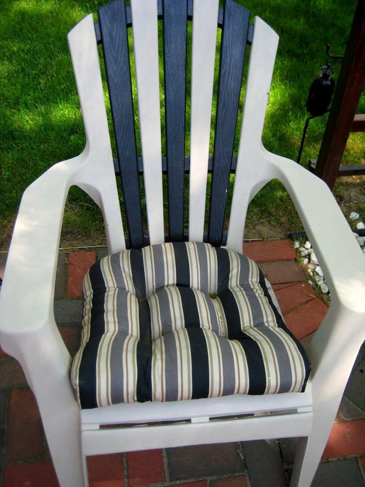 Save that ugly green plastic adirondack chair a little paint can save anything my thrifty - Green resin adirondack chairs ...