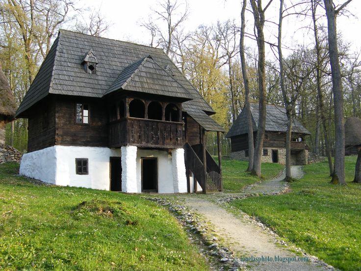 Case româneşti tradiţionale