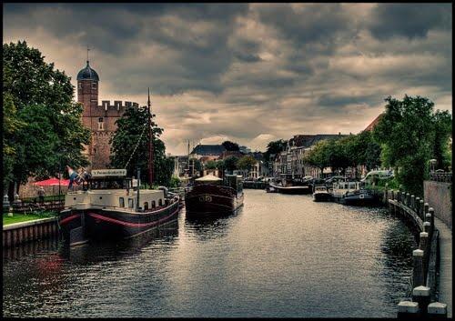 Zwolle, bij de Thorbeckegracht -Photo by Tjarko Evenboer