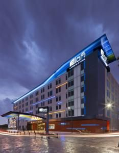 Hotel Aloft Bogota Airport - Booking.com : Bogotá, Colombia - 201 Guest reviews . Book your hotel now!