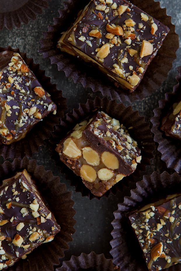 Candy Bar Fudge ~ The easiest fudge you will ever make, click the picture to see how.