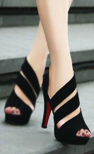 black straps high heel sandals www.utelier.com