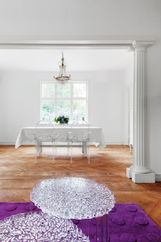We wish you a sparkling Monday! | T-Table by Patricia Urquiola