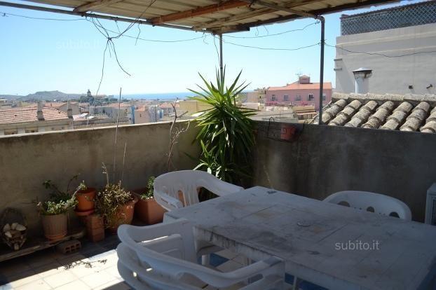 Center, via Sulis, three-room sea view - Apartments For Sale in Cagliari