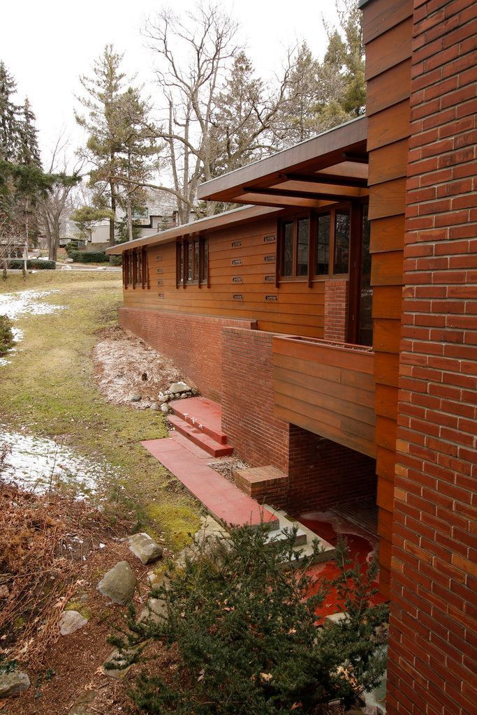 Affleck House - Designed by famed architect Frank Lloyd Wright.