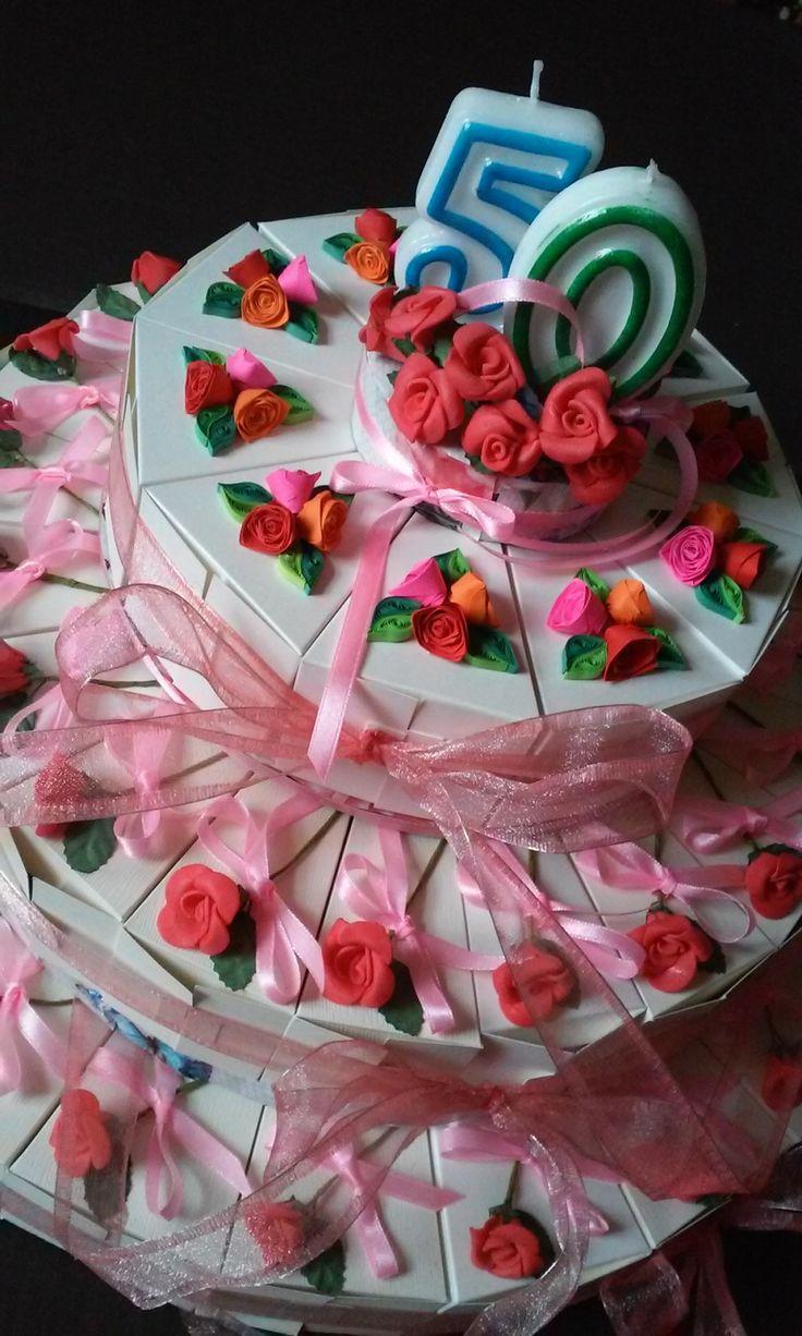 Tort na 50 urodziny z 50 części