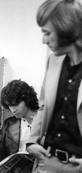 Jim reading Melody Maker - Jim Morrison