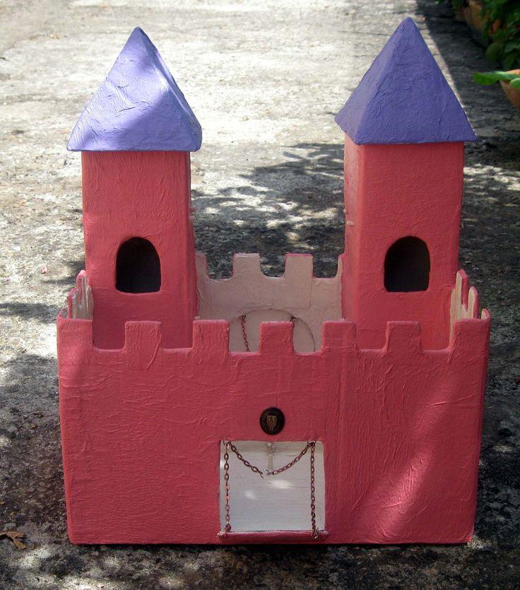 Castello in cartapesta