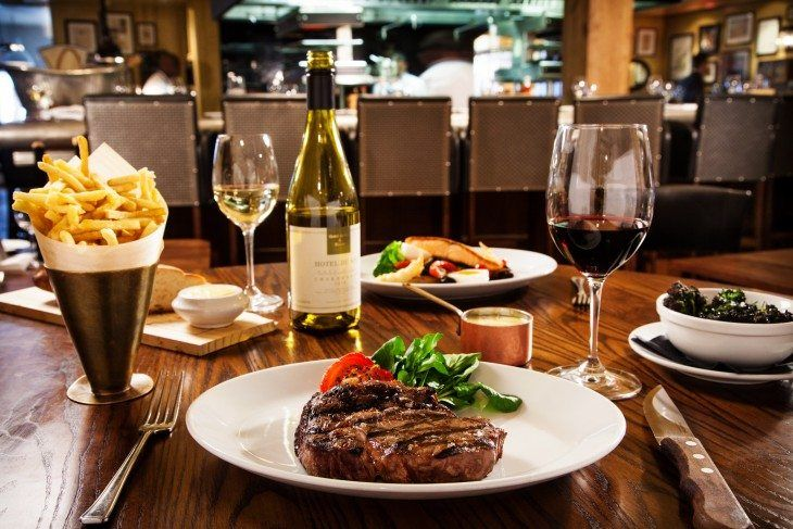 Looking for a Fine Dining restaurant in Mississauga and Oakville? Dinepalace.com is one such website where you can find best fine dining restaurants that listed in this website. Find a fine dining restaurant in Mississauga and Fine Dining restaurant in Oakville in a smarter way.