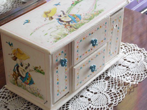Jewelry Box/Music Box/Children's Jewelry by OldSteamerTrunkJunk