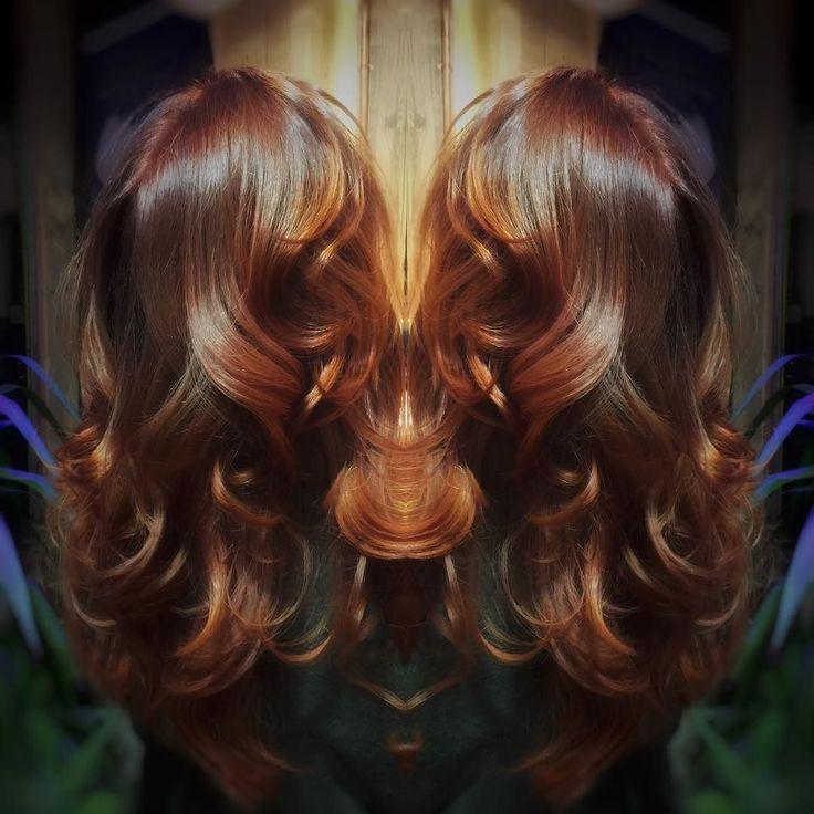 Auburn Reflections. #jamesb #hair #bristol #olaplex #joico #ginger #auburn #copperhair #redhair #longhair #shiny #shine #healthyhair #modernsalon #behindthechair #hairbesties #bristol247 #igersbristol #igers