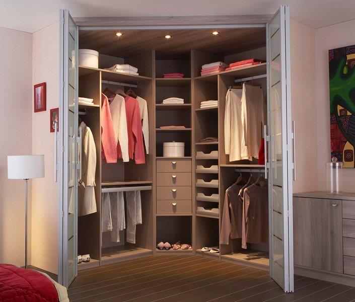 7 best Dressing images on Pinterest Bedroom ideas, Bedroom suites - amenagement placard d angle cuisine