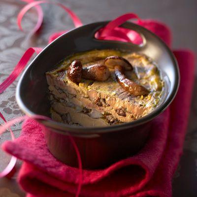 Découvrez la recette de la terrine de foie gras aux cèpes
