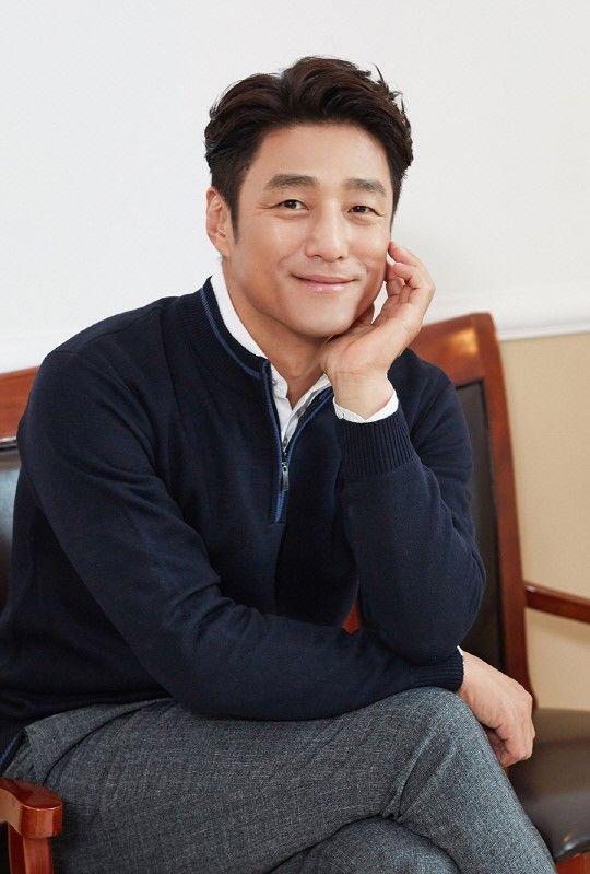 994fff6629e Ji Jin Hee is set to lead a new drama! in 2019