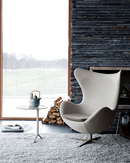 Living Room ǁ Fritz Hansen products: Egg™ chair by Arne Jacobsen - Photo by Republic of  Fritz Hansen