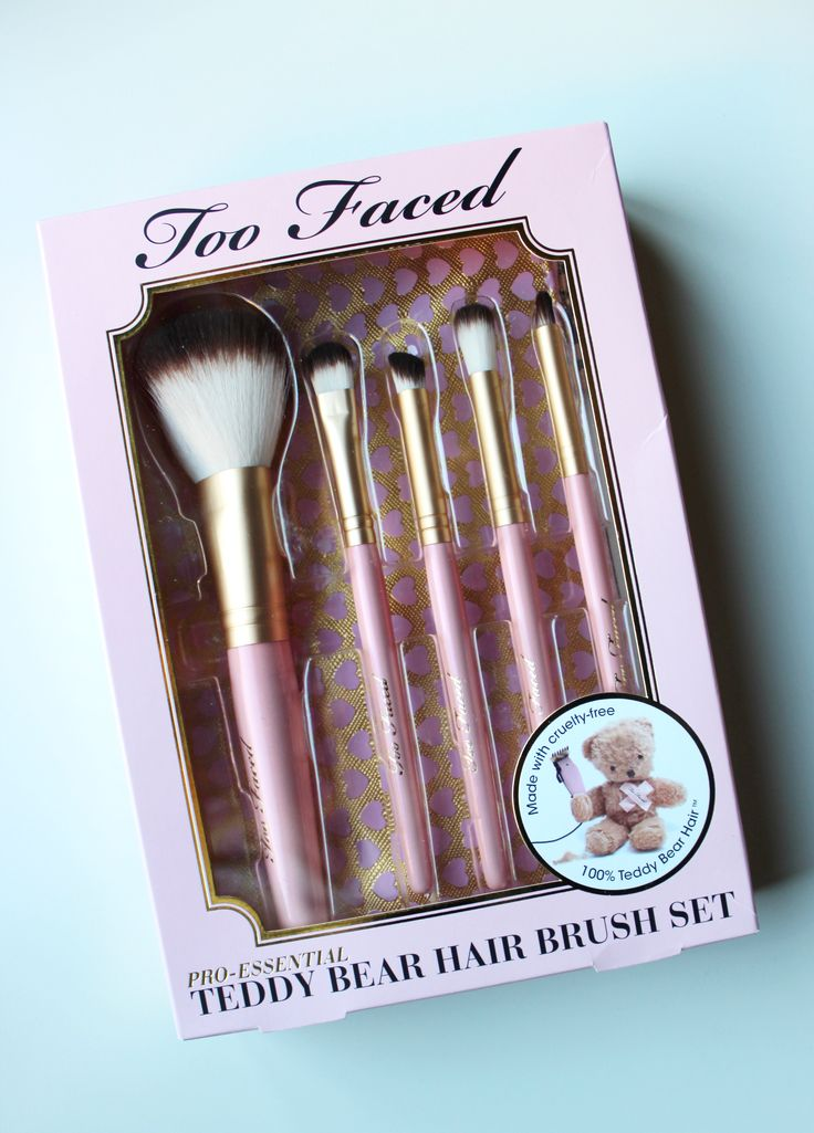 "One thing I wish I could replace more in my makeup/beauty ""collection"" is my brushes. I bought the majority of them before becoming vegan, and some of them are not synthetic brushes or are from bra..."