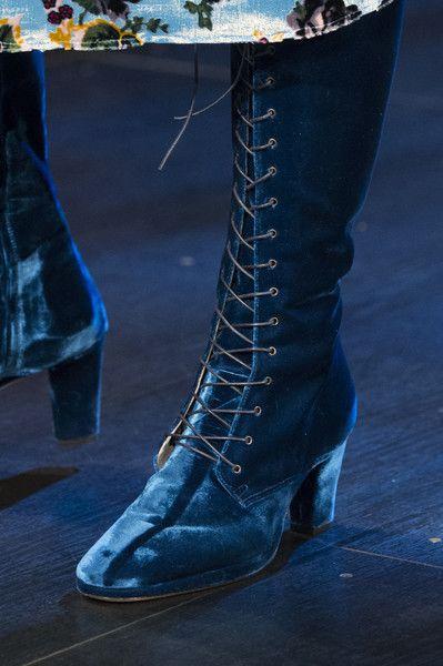 Anna Sui at New York Fashion Week Fall 2017 - Details Runway Photos