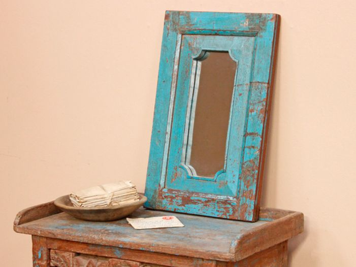 A lovely old blue mirror with a stunning paint-distressed surface finish. Its attractive ornate profile reflects its Northern Indian origin. #vintage #mirror #unique #furniture #homedecor #homestyle