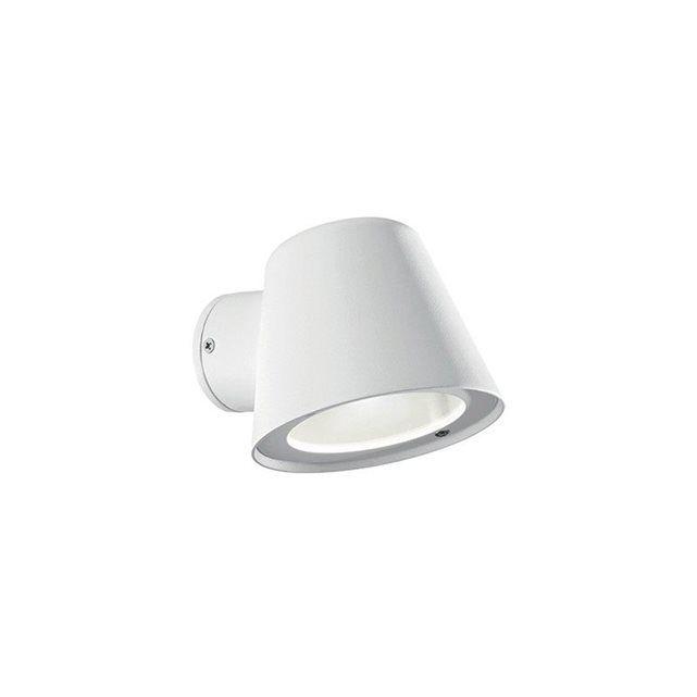 Pratique, cette applique de la série GAS saura s'adapter à votre habitat. Diffusant une lumière de 35W, elle vous fournira un éclairage agréable et confortable. Fonctionnelle et discrète, elle s'adaptera à toutes les décorations.Douille: GU10Puissance: 35IP: 43Ampoule incluse: non+ Produit: --TélécommandeHauteur-longueur: 9,5Diamètre-largeur: 0Profondeur: 11,5Classe énergétique: