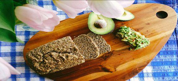 Een lekker koolhydraatarm voorgerecht, koolhydraatarm brood. Lekker om te eten met beleg, als ontbijt met een kopje koffie of thee.