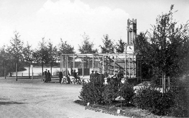 Volière in het Stadspark, 1940