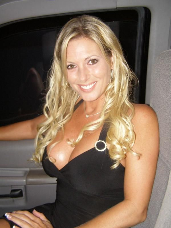 sadler milf women Huge collection of actual milf galleries, original and good free mature sex pictures we provide diversity of genres and naked mature women in our explicit horny mom xxx photos.