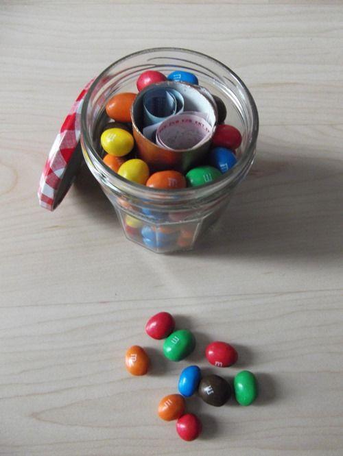 Pot bonbon surprise où comment offrir des billets autrement que dans une simple enveloppe... - Les Bricoles de l'Arsouille.