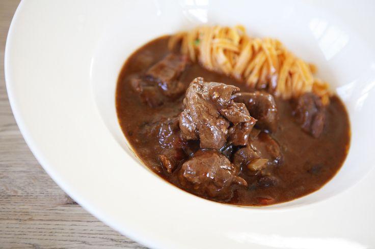 Een recept op basis van de Lacroix wildfond, everzwijn en verse pasta. Een standaard everzwijnragout is al goed, maar met verse pasta is het nog beter!