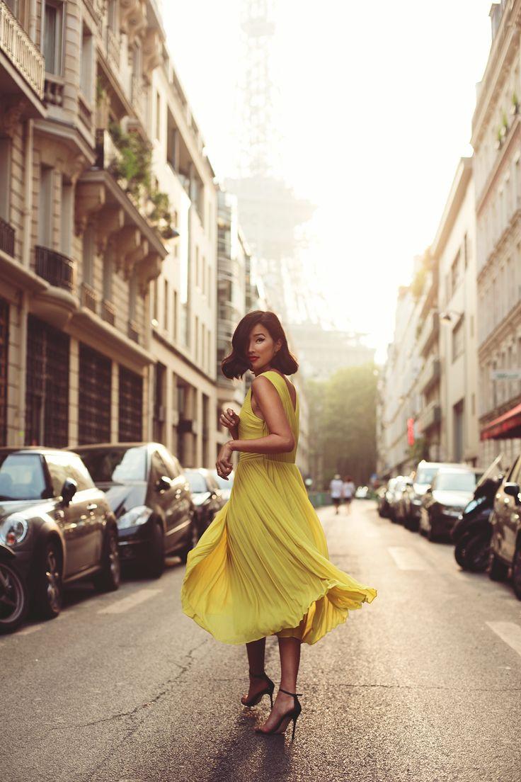 """Blog Le Style NAF NAF. Artículo """"Vestirse para el amor"""" http://blog.nafnaf.com.co/archive"""