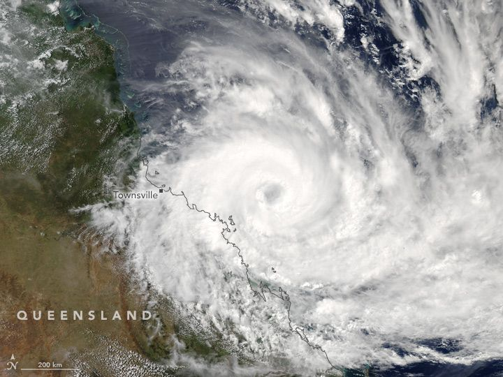 On March 27, 2017/Cyclone Debbie/ the Moderate Resolution Imaging Spectroradiometer (MODIS) on NASA's Aqua satellite captured this natural-color image of Cyclone Debbie approaching the coast of Queensland, Australia. Shortly after the image was acquired, the U.S. Joint Typhoon Warning Center estimated that the sustained wind speeds in the center of the storm were 90 knots (165 kilometers or 105 miles per hour).