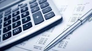 Foto de una calculadora. Pedir préstamos sin necesidad de muchos papeleos, desde el siguiente link: http://creditosyrapidos.com/solicitar/sin-papeleos/