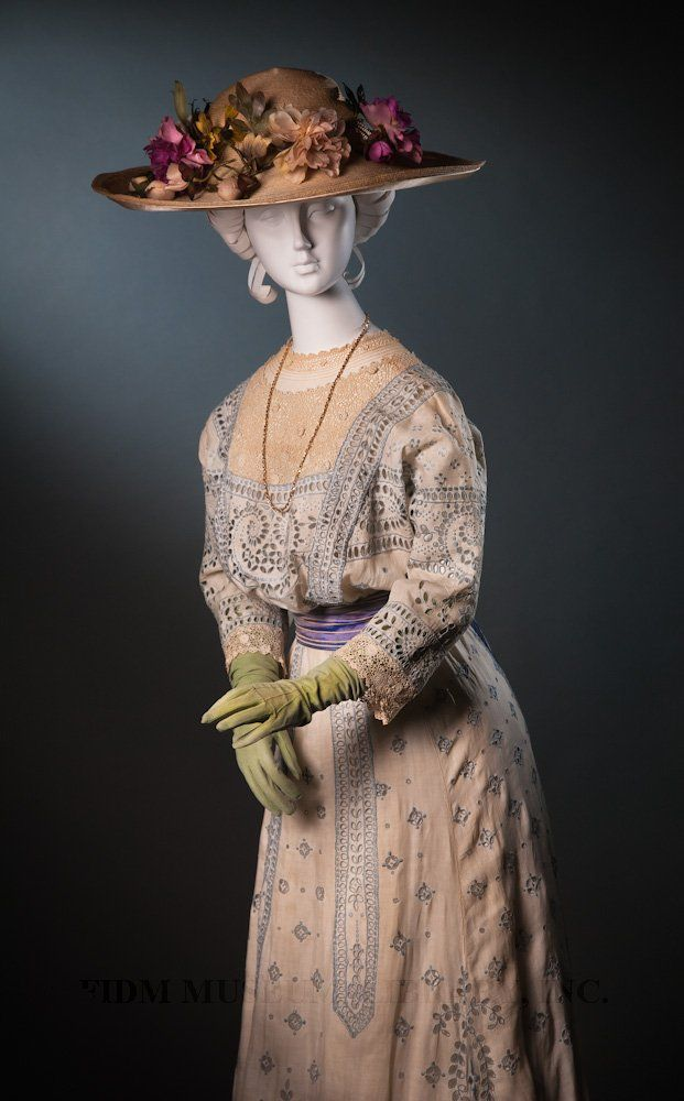 Afternoon Dress  United States, c. 1908  Cotton-embroidered linen & cotton crochet lace  L2011.13.1060    Hat  Europe or United States, c. 1908  Cotton floral trim & straw  L2011.13.538