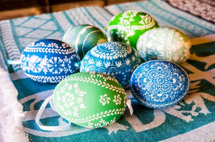 Folk, hand made egs from different regions of Poland. www.sklep.epolart.pl