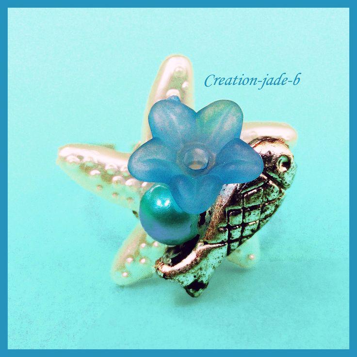 Bague Ajustable - Cabochon Etoile de mer avec Fleur Bleu foncé