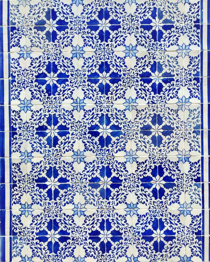 Azulejos, Lisbon. https://www.instagram.com/katritamminen