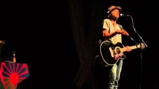 Todd Snider - Story about Jerry Jeff (part one) - YouTube