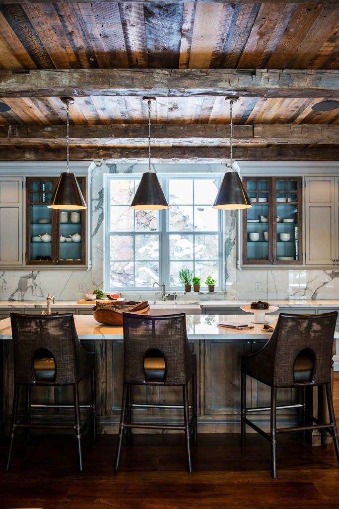 Best 25 log cabin kitchens ideas on pinterest log home for Rustic industrial decor
