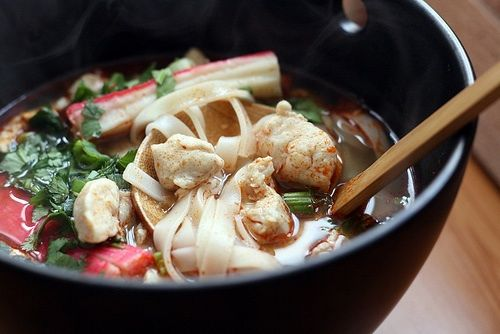 Tom Yum Gai (Chicken in Thai Hot & Sour