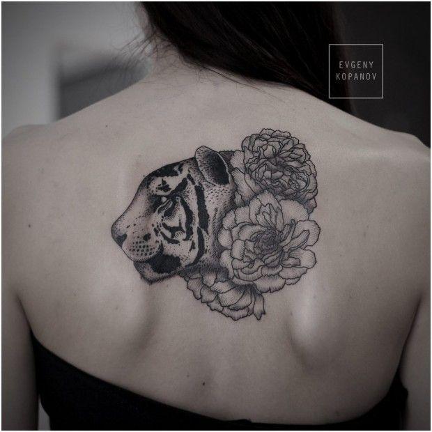 Les 8 meilleures images du tableau ailes d ange sur pinterest tatouage ailes anges et bugne - Tatouage ailes dans le dos ...