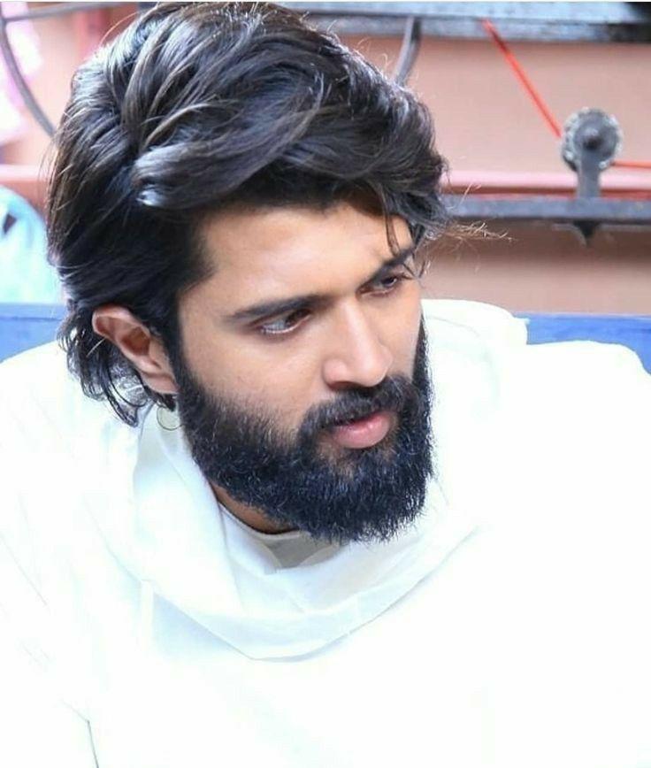 Vijay Deverkonda Latest Hd Wallpapers In 2020 Actor Photo Actor Picture Actors Images