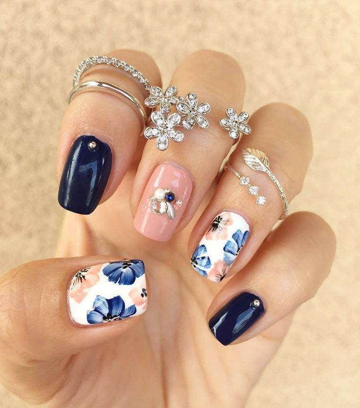 Best 25 floral nail art ideas on pinterest spring nails nail 20 puuuurfect cat manicures cat nail art designs for lovers prinsesfo Images
