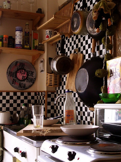 Another Small Paris Kitchen. Like The Checkerboard Decor.