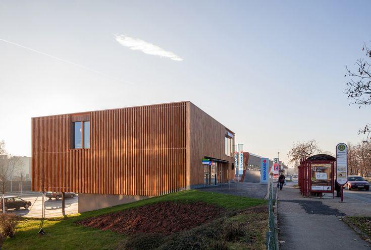 Galeria de Banco Sparkasse / Dietger Wissounig Architekten - 6