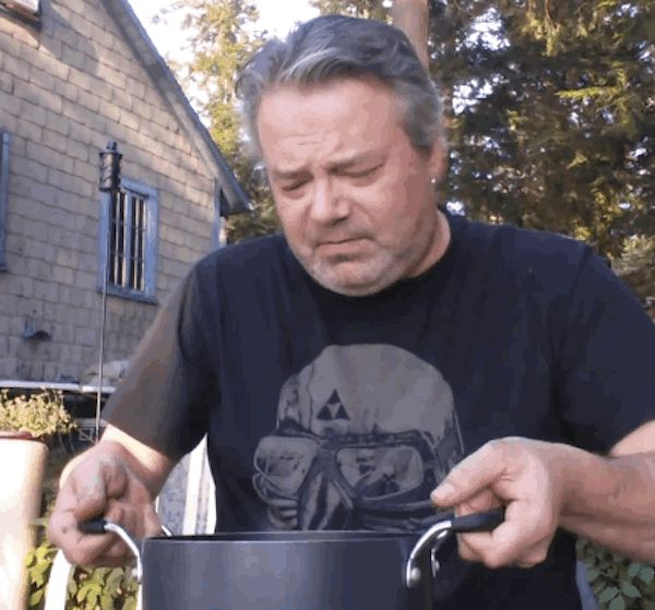 Porque baldes são muito mais pesado do que você pensa: | 21 Reasons Why The Ice Bucket Challenge Needs To End Right Now