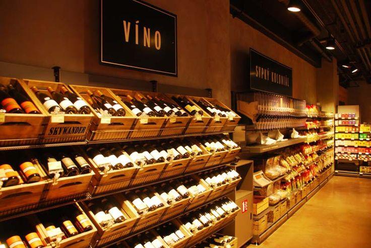 Bedýnky SKYWANDER ve vinotéce