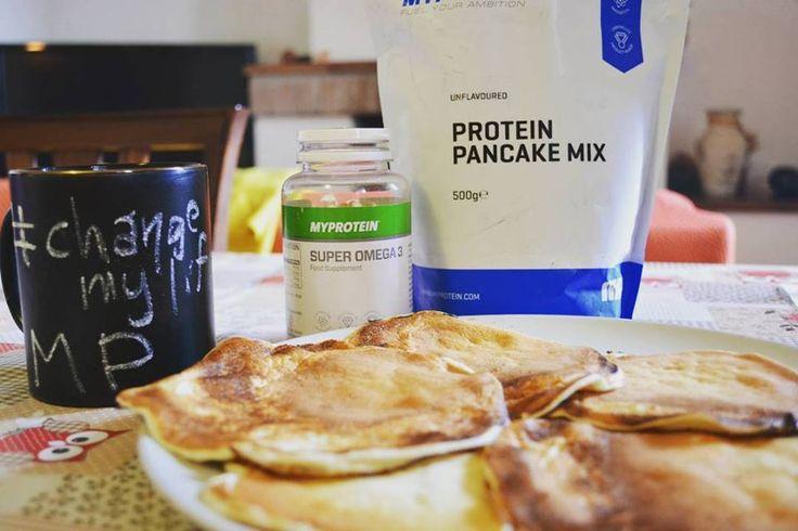 Pancake proteici e capsule di Omega 3 di My Protein