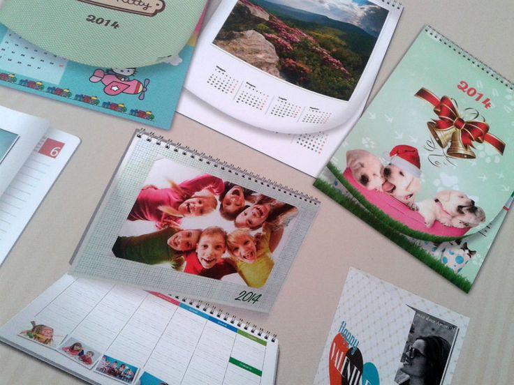 FotoCalendari - Per festeggiare l'inizio di un nuovo anno, ricordando i momenti più belli passati, realizza il tuo calendario personalizzato. Sono disponibili diversi modelli con bellissime grafiche, colori brillanti e la tua foto nitidissima Per creare i foto calendari personalizzati basta portare il negativo, ... - http://www.ilcirotano.it/annunci/ads/fotocalendari/